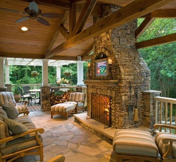 Why Pressure Wash Patio Cleaning Is a Budget Saver